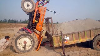 Tractor Accident NH Ghazi 65 hp / Rescue with Massey Ferguson 265