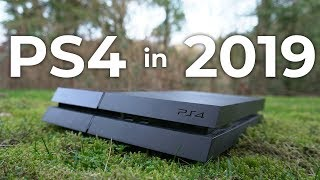 PS4 in 2019 - worth buying? (Review)