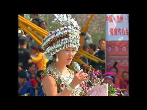 [2015 Performances]: Laj Tsawb (邹兴兰) - Miv Ntxhais Hmoob, Leej Muam Leej Nus, Xanadu