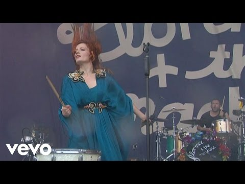 Florence + The Machine - Improv / Kiss With A Fist (Live At Oxegen Festival, 2010)
