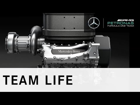 2014: A lap with the new Mercedes-Benz V6!