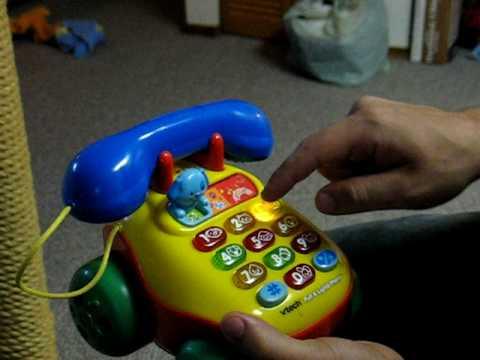 Cómo hacer que un teléfono de juguete diga maldiciones