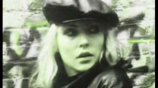 Watch Blondie Do The Dark video