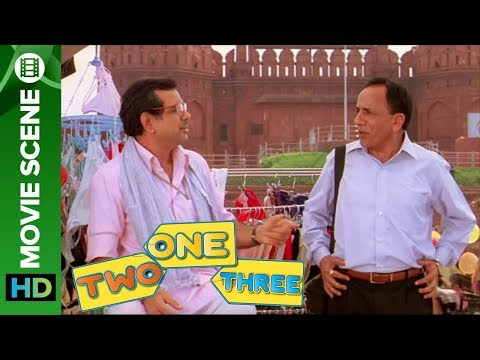 Paresh Rawal Sells Lingerie | One Two Three