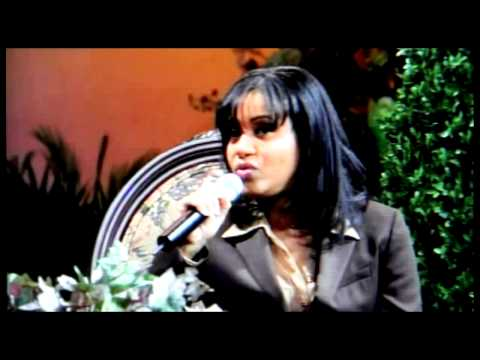 Jesus Christ & Salt & Pepa-Famous People-Cheryl James