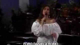 "download lagu Daniela Romo ""de Mi Enamorate"" En Vivo gratis"
