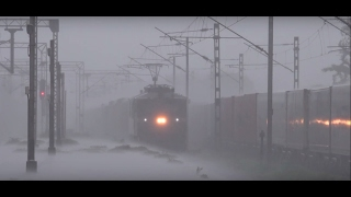 Spectacular ! A 61 Wagon All Steel Train Flexes Its Muscles On A Heavy Rainy Day !!!