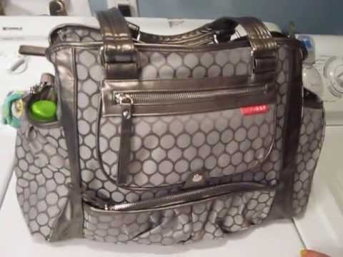 review of my skip hop studio diaper bag in pewter dot youtube. Black Bedroom Furniture Sets. Home Design Ideas