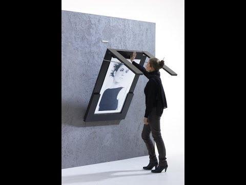 Стильный стол в фоторамке крепится к стене с помощью магнитов http://24magnet.ru