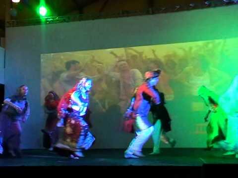 Group Amrita Moscow   Holiya Me Ude Re Gulaal video