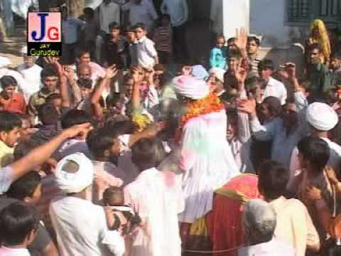 Chehar Maa Na Madh Chhe Vegada - Gujarati Rabari Song Garba video