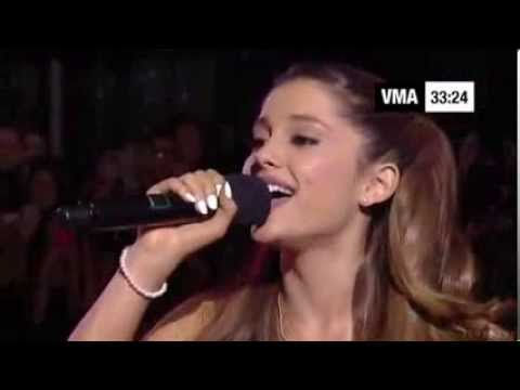 Ariana Grande   Baby It  The Way Live MTV VMA 2013 Red Carpet)