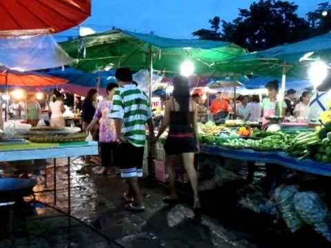 BangkokLifeStyle: Evening Local Market