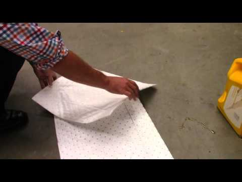 Oil absorbent pad1
