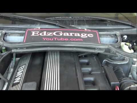 Expansion Tank Replacement and Coolant System Bleeding e46 BMW 325i