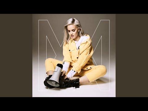 Download Lagu  2002 Mp3 Free