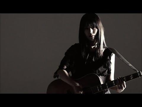 めっちゃ美人なギター女子見つけた🎸!