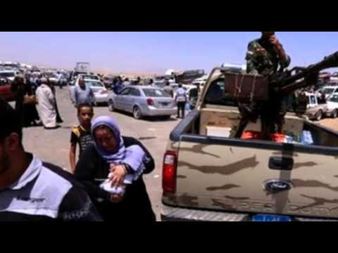 ISIS Militants Press Forward, Threaten To Seize More Iraqi Cities As Soldiers Bolt