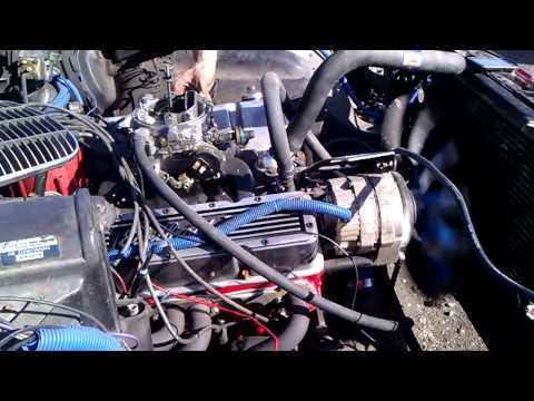 Edelbrock Intake & Carb. everything Eldebrock 350 engine