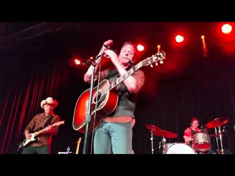 The Kiefer Sutherland Band -- The Truth in Your Eyes,  Knoxville, TN 4/29/16
