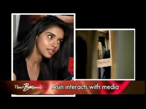 Asin feels Shahrukh Khan is very charming