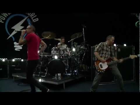Linkin Park - new Divide Live At Rio+social 2012 video