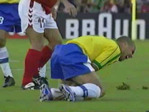 افلام سكسس 98 http://fmzik.com/video_efhiqGs_Jbg_Ronaldo-Vs-Denemark-World-Cup-1998-By-Beeko.html