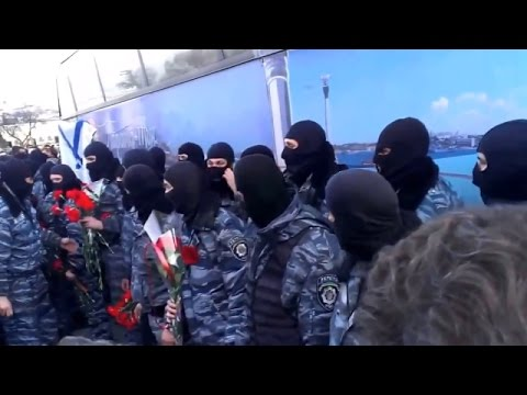 Ukraine War - Crimea welcomes riot cops after murdering protesters at Euromaidan in Kiev Ukraine