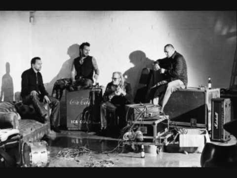 Cubra la imagen de la canción Der Platz Neben Mir por Boehse Onkelz