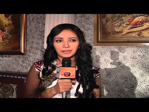 Asha Negi Misses Ganpati Preparations with Rithvik Dhanjani
