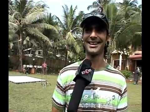 Ashmit Patel Aarti Chabria Prashant Raj Tossing