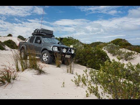 Nissan Navara D40 4x4 off road sand dune climb