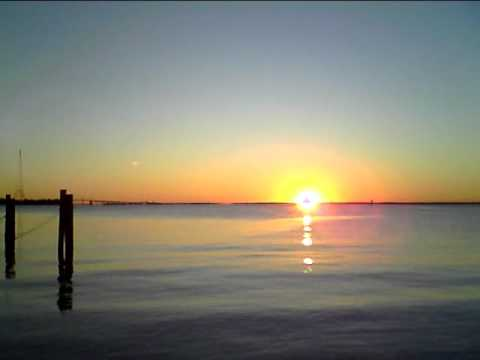 Eastport Maryland Sunrise October 2, 2010 Maritime Museum aka McNasby's.avi