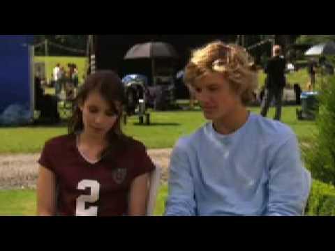 Poppy And Alex Pettyfer :: VideoLike