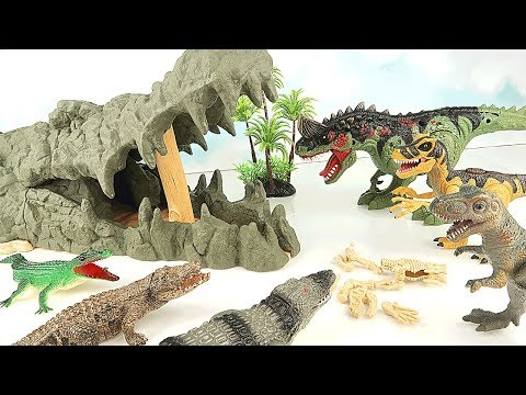 Dinosaurs are Dangerous! Let's throw a Bomb to a Giant Crocodile and Win! Dinosaur Mini Movie~