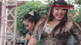 Dwi Ratna ~ LIWUNG~ New Pallapa Live Gegunung