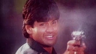 Sunil Shetty, Saif Ali Khan, Aditya Pancholi, Surakshaa - Action Scene 15/15