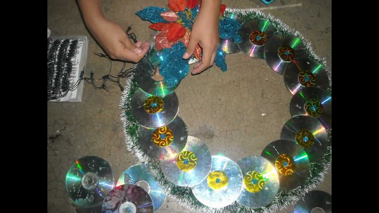 Como hacer corona navide a con cd viejos youtube - Como hacer coronas de navidad ...