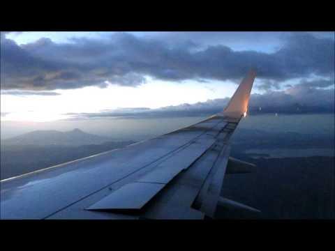 Aterrizando en El Salvador/Landing in El Salvador