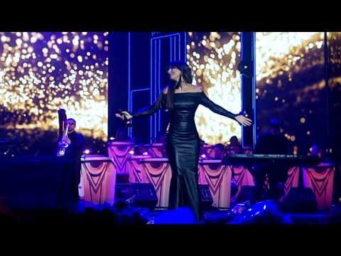 Ани Лорак в Питере на концерте Emin