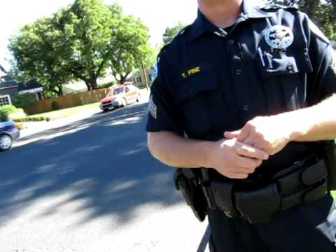 Bend Oregon Police, Open Carry AR-15 in Drake Park