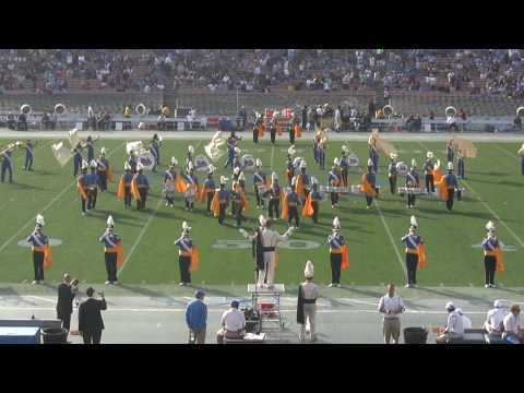 The UCLA Bruin Marching Band performing El Toro Caliente Video