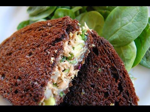 ГОРЯЧИЙ БУТЕРБРОД С ТУНЦОМ И АВОКАДО | Tuna melt with avocado on rye | Простой рецепт закуски