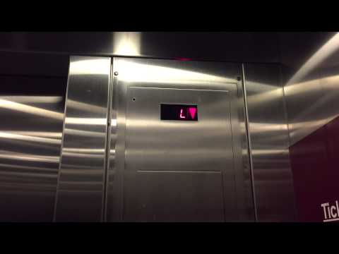 Schindler Hydraulic Elevator - Memphis International Airport