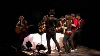 Download Lagu Sugarland - Genevieve (Live) Gratis STAFABAND