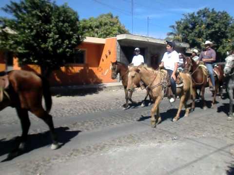 cabalgata  domingo 2 de enero fiestas coquimatlan colima 2011