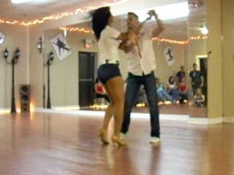 Ataca Jorgie & La Alemana Sexy Bachata Performance: Song Xtreme