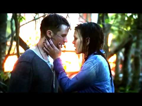 #Starcrossed / Roman And Emery / Broken