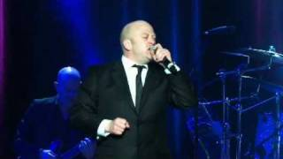 THE COMMITMENTS LIVE IN CONCERT - MIDNIGHT HOUR