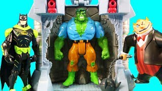 Hulk Smash Breakout Gamma Ray Trap Action Playset ! Hulk Vs The Penguin ! Superhero Toys